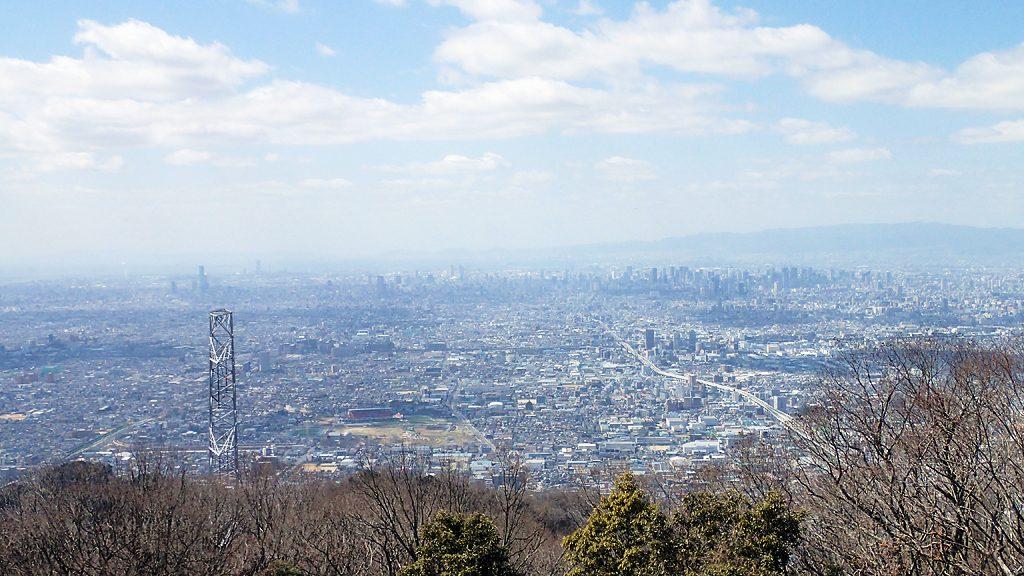 パノラマ展望台から大阪市街地を望む