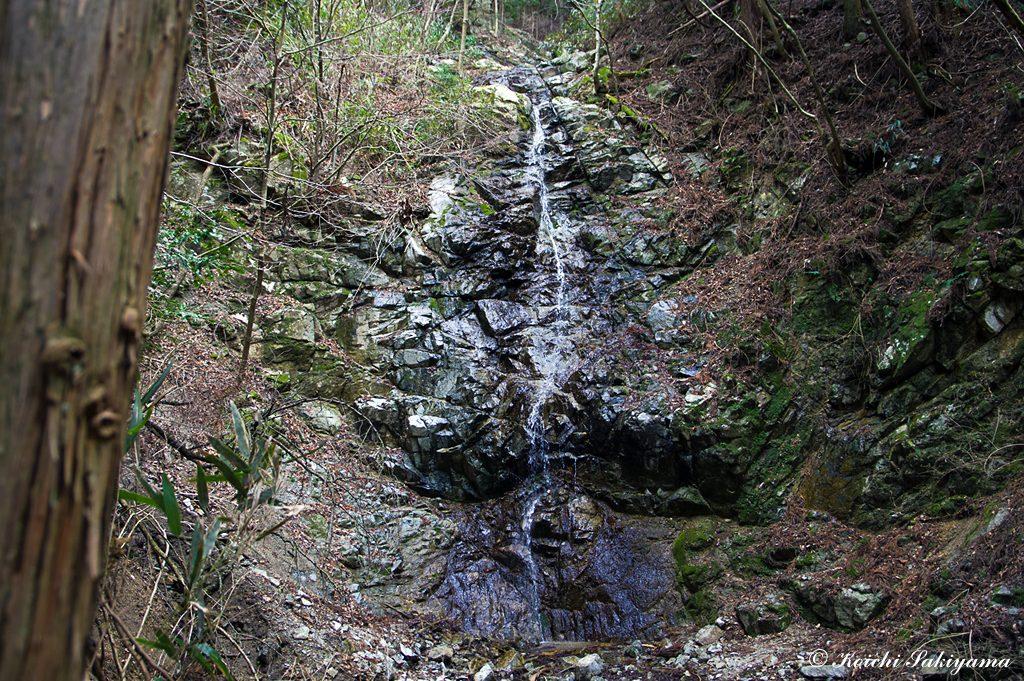 氷瀑で有名な二ノ滝…かなり水量は少なめ